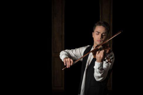 Il Violinista del Diavolo: Le Musiche di Paganini e dei Virtuosi